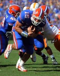 Gator QB Tim Tebow effectively ran the ball. AP Photo by Phil Sandlin.