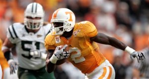 Vol RB Montario Hardesty racked up 140 yards on the ground. AP Photo by Wade Payne.