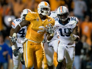 Vol RB Montario Hardesty scores a TD in the second half agains Auburn. Photo by Joe Howell