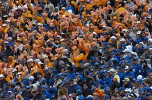 Tennessee Vol and Kentucky Wildcat football fans