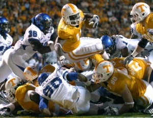 Vol RB Bryce Brown scores the first TD of the night. There were many more. Photo by Amy Smotherman Burgess.