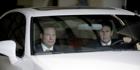 Butch Jones arrives in Knoxville with Dave Hart. Photo courtesy of KNS.